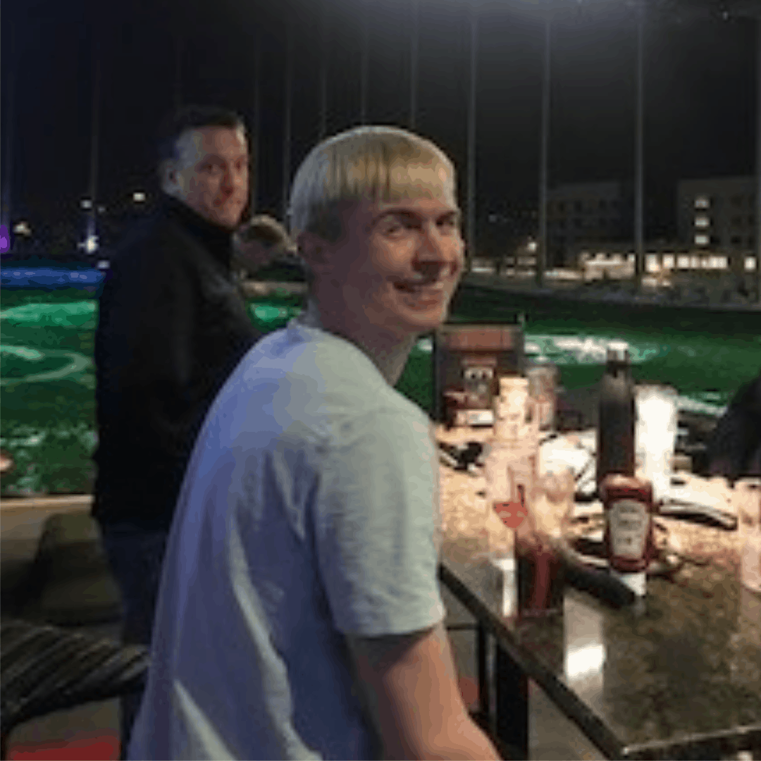 Celebrating an Awesome Year in Sales with a Little Fun at Top Golf